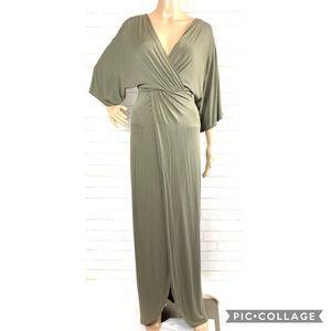 Lovers + friends green long maxi dress size XS